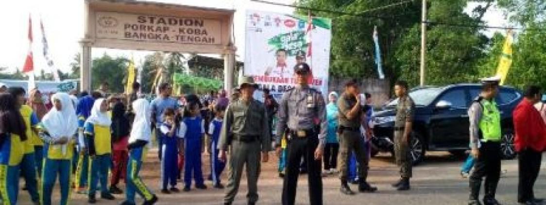 KABAG OPS POLRES BATENG TURUNKAN 60 PERSONIL PENGAMANAN GALA DESA BANGKA TENGAH