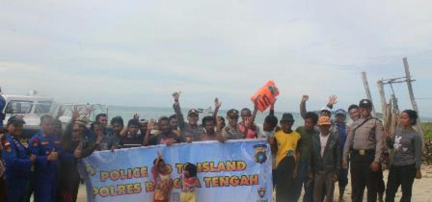 Kapolres Bateng Sambangi Warga Pulau Terpencil