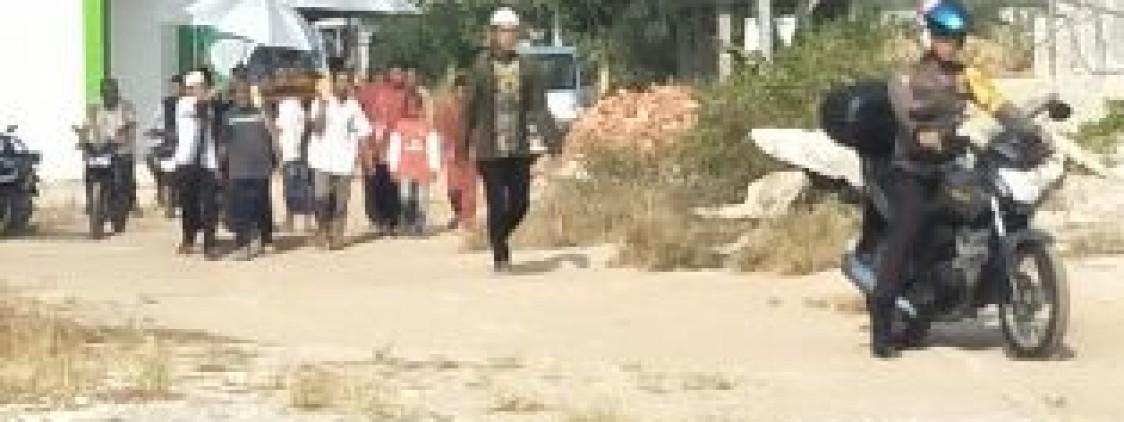 Bripda Kateran Sambang Duka Di Desa Binaanya