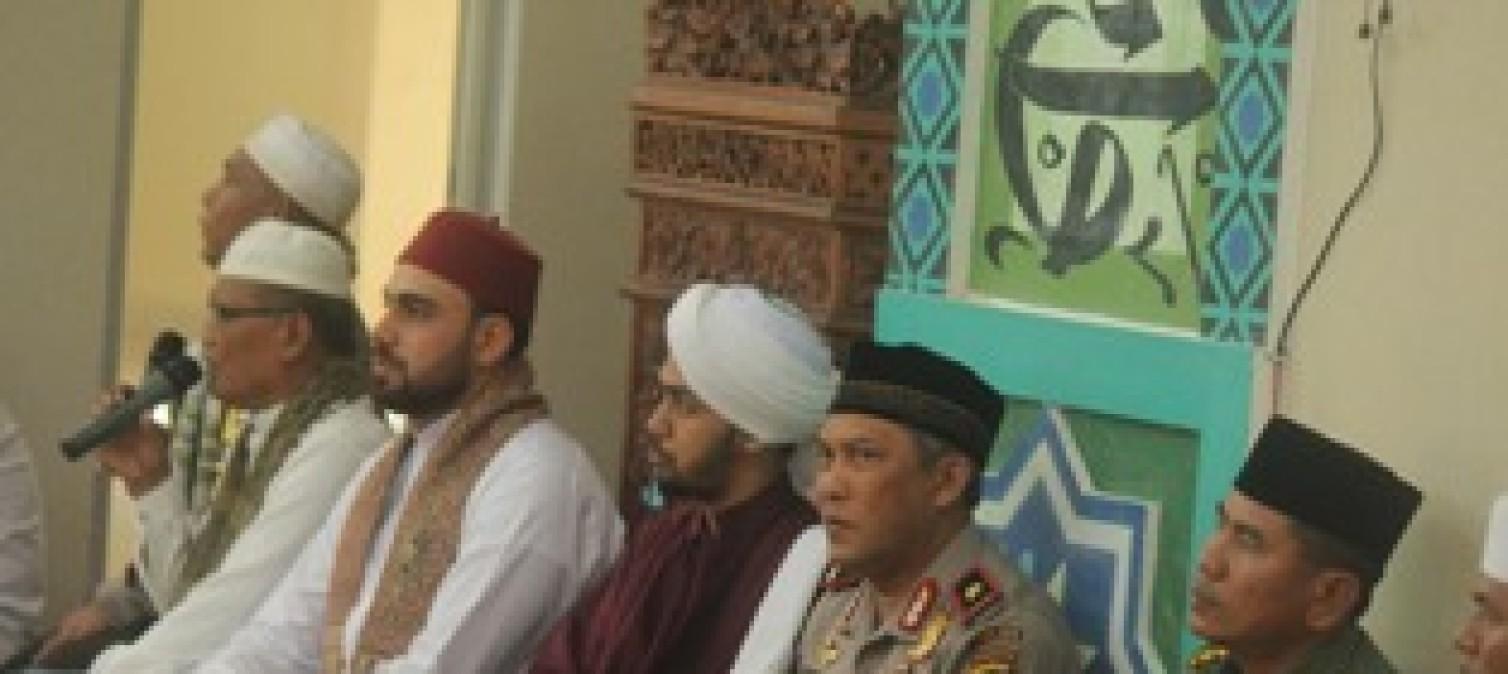 Dihadiri Kapolda Dan Gubernur, Deklarasi Pemilu Damai Bateng Undang Habib Ali Zaenal