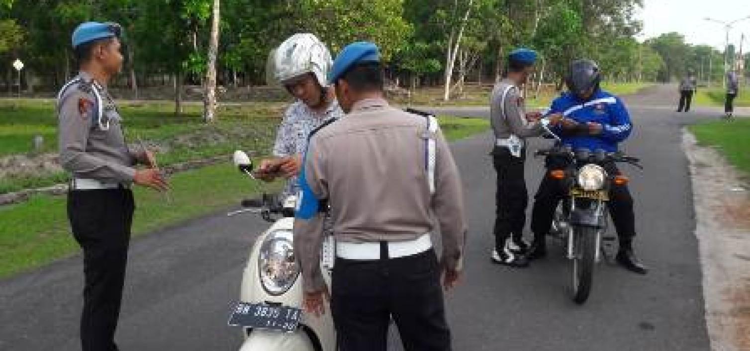Mendadak Propam Razia Kendaraan Personil Polres Bangka tengah