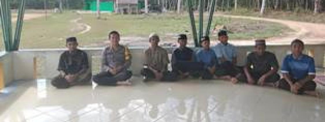 Kapolsek Simpang Katis Silaturahmi Ke Pondok Pesantren Hidayatullah