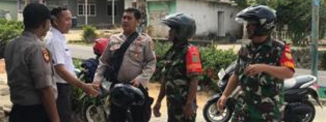 Sinergi TNI Polri Patroli Seputar Kecamatan Namang