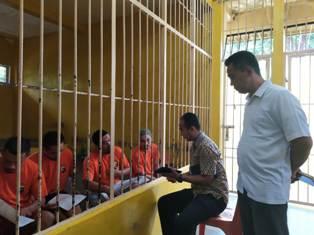(Tahanan Polres Bangka Tengah Juga Mengisi Kuisioner)